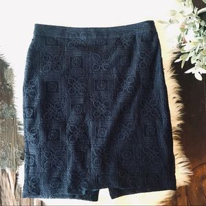 THE LIMITED Navy Blue Lace Pencil Skirt Women's 8